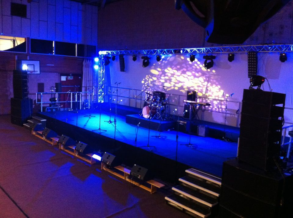 Trussing and Lighting for House Singing at Taunton School